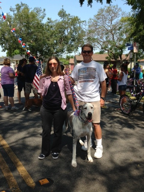 Dan, Sheri, and Wilma Halverson win for biggest and best dog in the parade